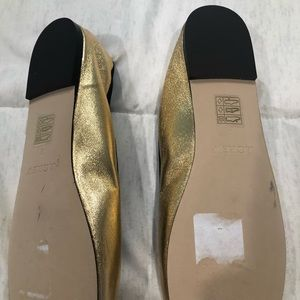J Crew gold Flats these are in like new Condition